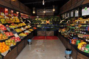 Gemüsehändler Shop mit Korb